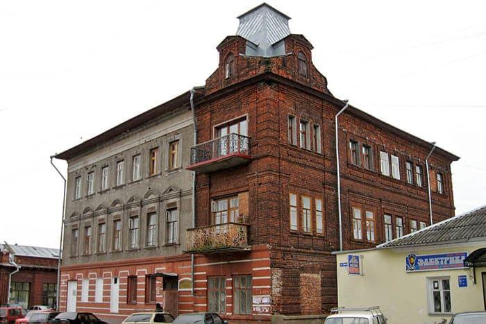 Дом Тихомирова