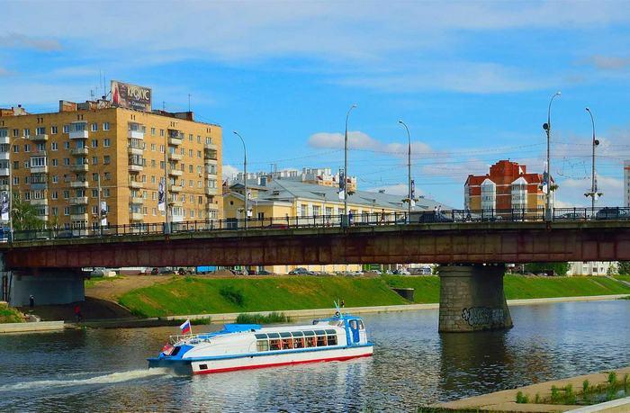 Мост красный в Орле